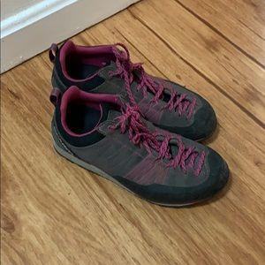 Scarps Approach Shoes
